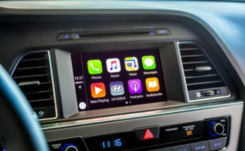 Hyundai Sonata with Apple CarPlay on screen
